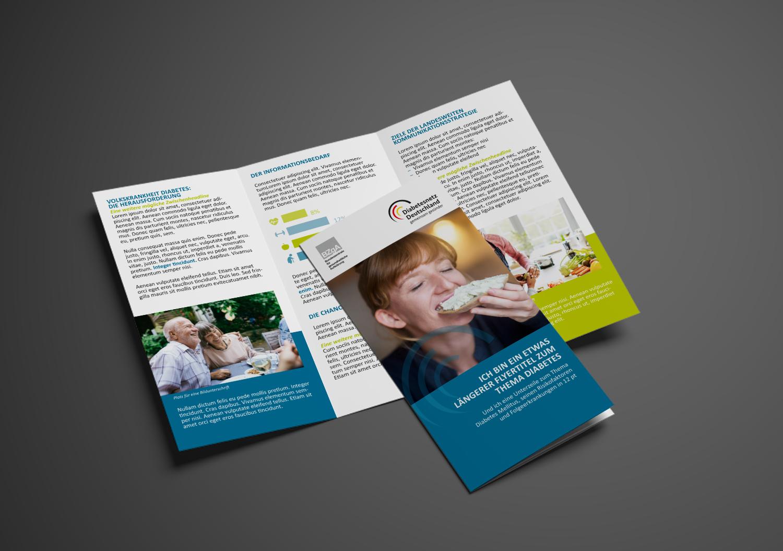 Beispiel Gestaltung Altarfalzflyer für das Diabetesnetz Deutschland